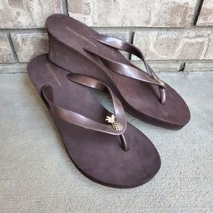 New Tommy Bahama bimini wedge flip flop sandals